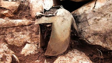 Photo of Rare 2,500-year-old Warrior's Helmet Discovered, It Was In A Cave Filled With Precious Treasures.